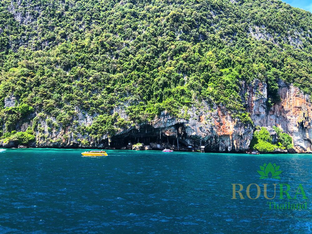 ピピ島ロングテールボート バイキングケーブ
