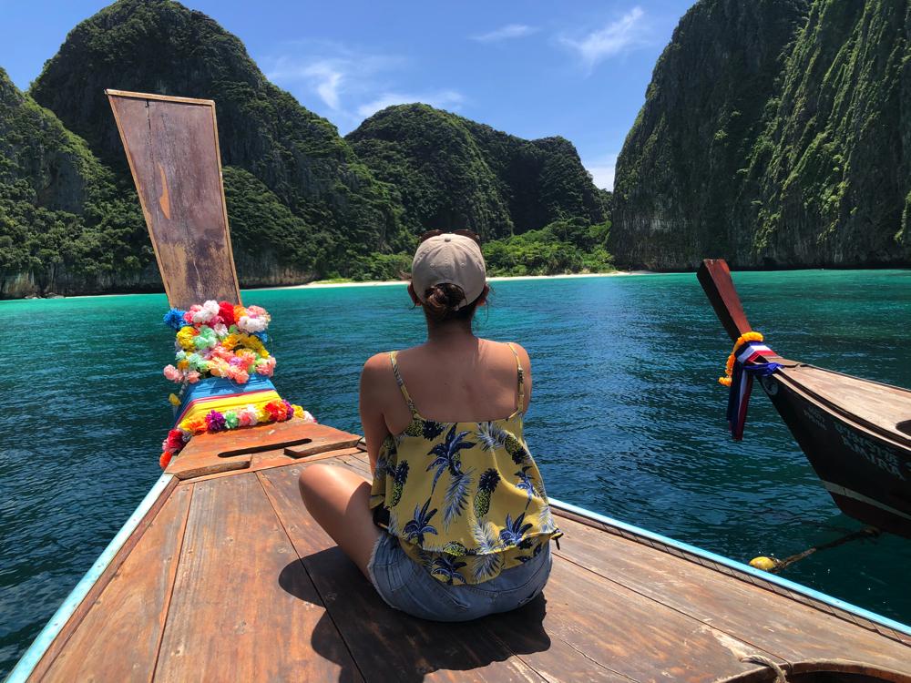 ピピ島ロングテールボートツアー