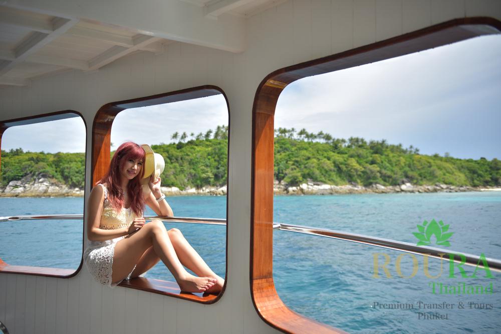 船内 ラチャ島